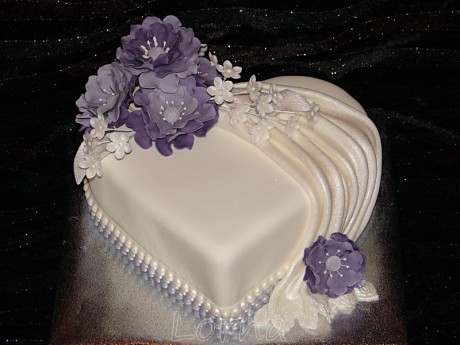 Svadobná bielo-fialová1